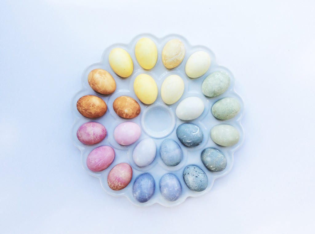DIY Naturally Dyed Easter Eggs